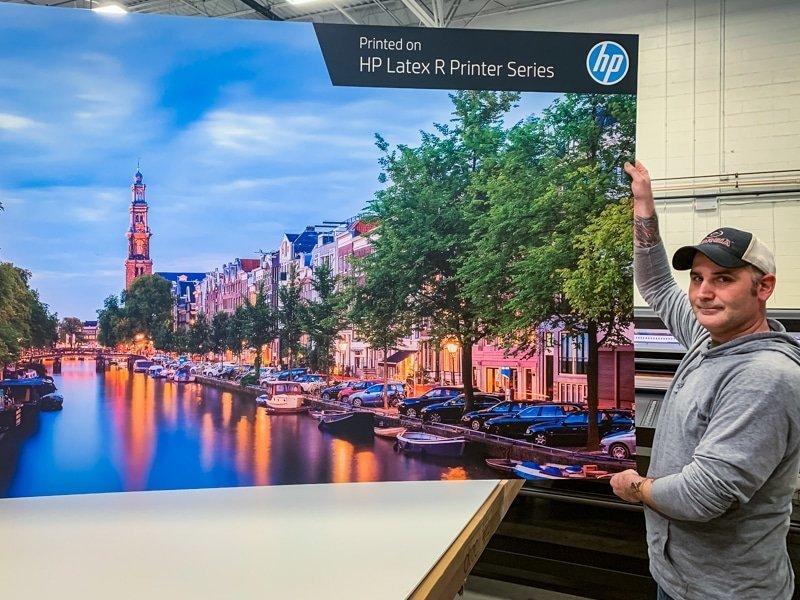 HP Latex R2000 Plus Printer Print Up-close